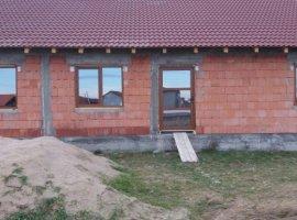 Vanzare  casa  3 camere Arad, Zimandu Nou  - 39900 EURO