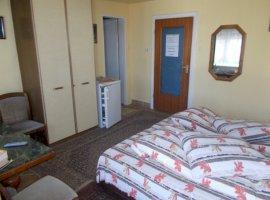 Vanzare  casa  8 camere Sibiu, Cisnadioara  - 117000 EURO