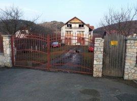Vanzare  casa  2 camere Cluj, Stolna  - 140000 EURO