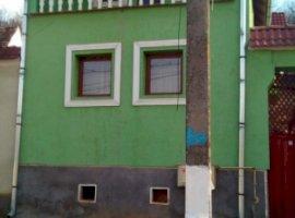 Vanzare  casa  8 camere Sibiu, Atel  - 6000 EURO