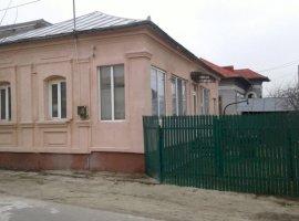 Vanzare  casa  3 camere Olt, Bals  - 45000 EURO