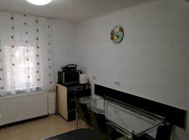 Inchiriere  apartament  cu 2 camere  decomandat Bucuresti, Piata Sudului  - 480 EURO lunar