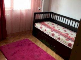 Inchiriere  apartament  cu 4 camere  decomandat Bucuresti, Turda  - 529 EURO lunar