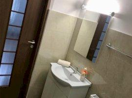 Vanzare  apartament  cu 2 camere  decomandat Bucuresti, Aparatorii Patriei  - 70000 EURO