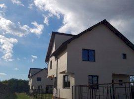 Vanzare  casa  4 camere Arges, Valea Stanii  - 39900 EURO