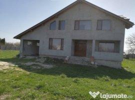 Vanzare  casa  3 camere Dambovita, Gura Foii  - 61000 EURO