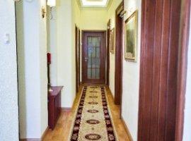 Vanzare  casa  6 camere Bucuresti, Ferdinand  - 475000 EURO
