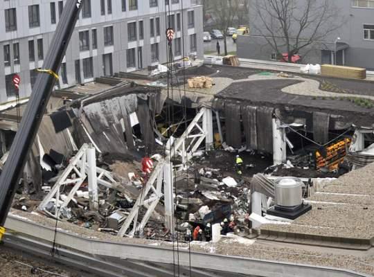 Prabusirea acoperisului unui centru comercial din Letonia s-a soldat cu 48 de morti