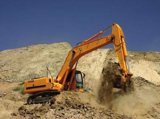 Distribuitorii de utilaje pentru construcţii acuză primăriile de licitaţii trucate