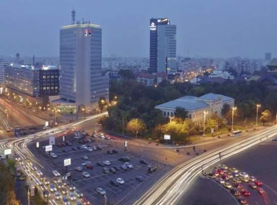 Infrastructura proastă din Capitală a dus la apariţia unui nou tip de proiecte imobiliare. Totul într-un singur loc
