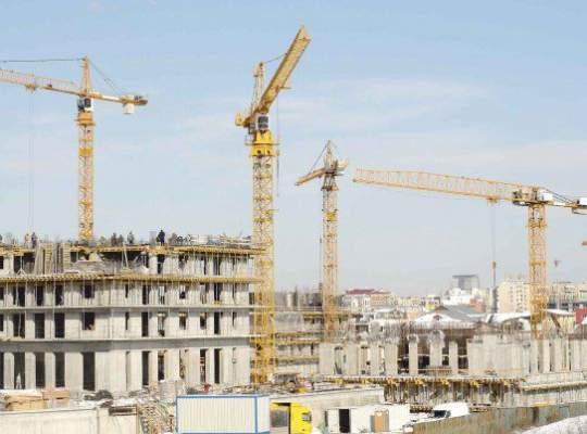 DE CE a scăzut volumul lucrărilor de construcţii!